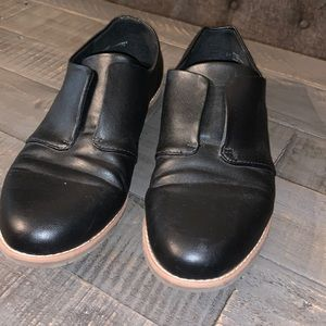 euro soft by Sofft Black Loafers - Size 8M
